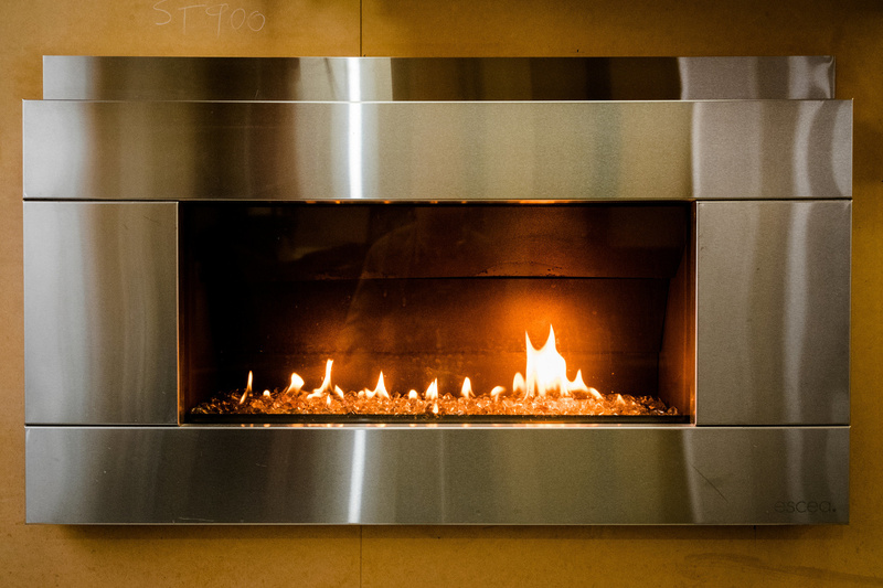 Ultra Gas and PLumbing have a range of Gas Fires for purchase and Installation